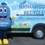 Recycling Mascot Sets November Appearance Calendar